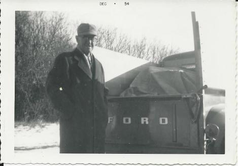 1954 Ameel with Ford pickup and presents